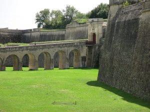Pont dormant de la porte Royale de la citadelle de Blaye en Gironde